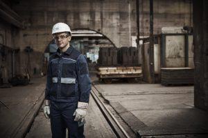 Männlicher Mitarbeiter,  Arbeiter, Betriebsstätte Radenthein, Feuerfestindustrie